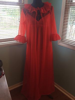 70s Vintage Red Peignoir Chiffon Nylon Nightgown & Robe Set Full Length Pleats L