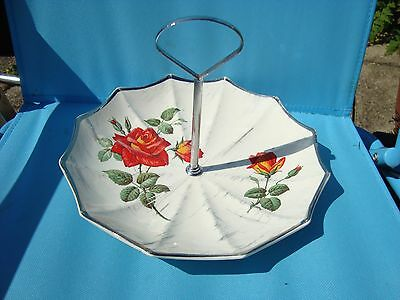 Midwinter umbrella cake stand