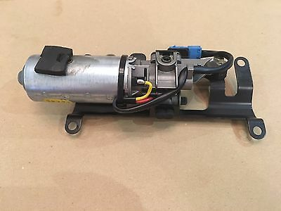 Bmw Z4 E85 Folding Roof Front Latch Release Motor 8370816 Full Working Order