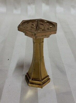 BEAUTIFUL VINTAGE BRASS DECORATIVE MINIATURE SUN DIAL ORNAMENT, 7cm