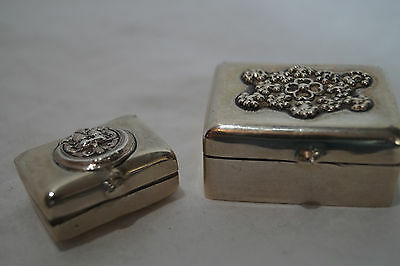 Vintage Solid Silver Set Of 2 Pill Boxes Unmarked