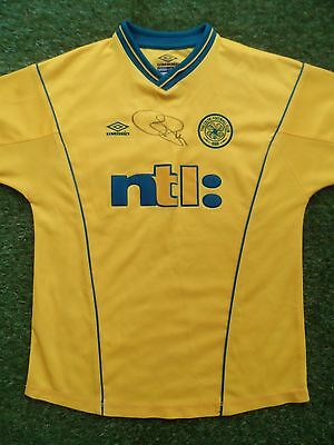 Chris Sutton Hand Signed Celtic Away Football Shirt - COA - Autograph