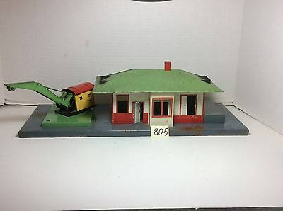 American Flyer 612 Mystic Train Station With Crane 1941  LIGHTED .