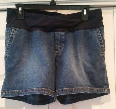 Nice Liz Lange Maternity Jean Shorts! Size Small! Comfortable!