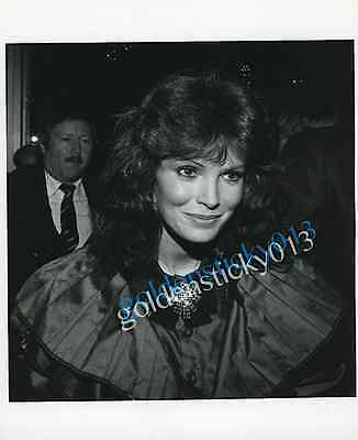 1970's Original 8 x 10 Photo JACLYN SMITH star of CHARLIE'S ANGELS Globe Photo