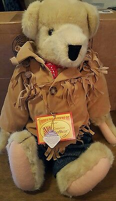 Vanderbear Travelng wild west Show Paw
