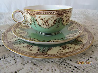 Vintage /Antique 1909 Royal Worcester Bone China 4551 Green Trio
