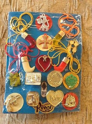 Vintage Vending Display Card Love Charms Rings Necklace Love Tiger Claw