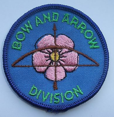 Girl Guides of Canada Badge Patch Bow And Arrow Division Alberta