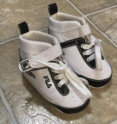 Fila Baby Boys Athletic Soft Crib Shoes Sneakers Size 2 New!