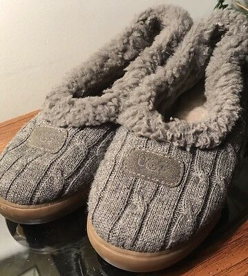 UGG 3314 Womens Gray Moccasin Chunky Knit House Slipper Shoes Size 10