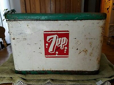 "Vintage Mid-century Metal 7up Cooler Red Green White 20""w×10.5""d×13.75""t"