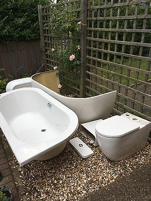 3 Pc White Bathroom Suite, Toilet, Bath And Sink