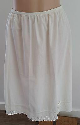 Retro early 1980s CREAM Poly Cotton Broderie Anglaise Half Slip Petticoat size S