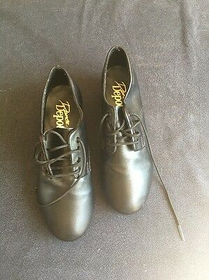 Tap Shoes Size 3