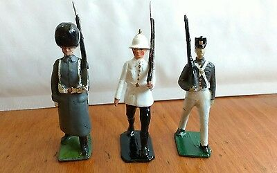 3 Different Repainted Britains Lead Soldiers - At The Slope