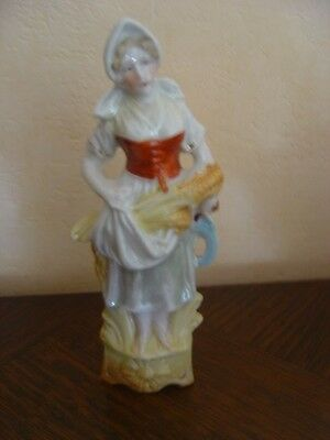 Tres Ancienne Petite Figurine Biscuit Polychrome Superbe Numerotee