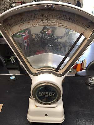 Vintage Avery enamel shop weighing scale, early 1970s *480*