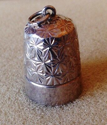 Solid silver thimble 1978