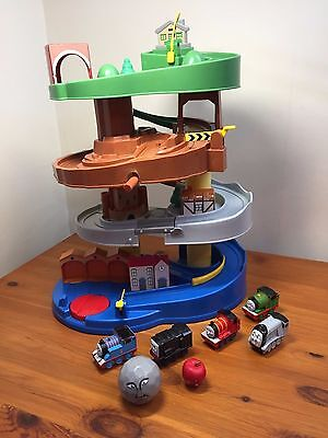 Rare Thomas and Friends rail rollers spiral tower by TOMY plus  5x trains