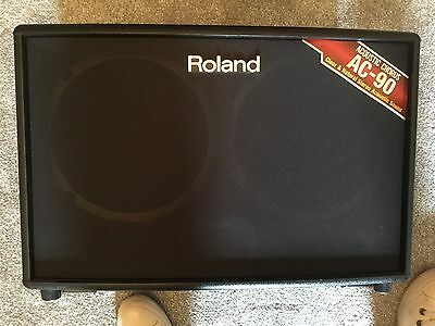 Guitar Amplifier - Roland AC-90 Acoustic Amp With Carry Bag