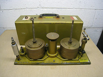 Chandler Engineering 2-1 Dead Weight Tester Pressure Calibrator Used