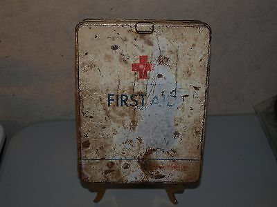 Vintage Johnson & Johnson #20 First Aid Wall Kit 1930's era