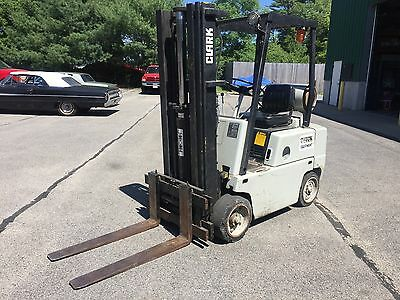 Clark Fork Truck 3500 Lbs Capacity LP Gas 15.75' Lift Side Shift