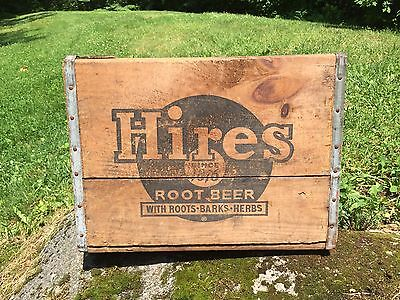 Vintage HIRES ROOT BEER Roots Barks Herbs Bottle Wooden Crate Sign