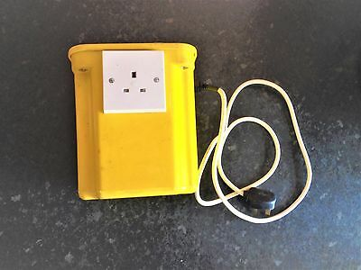 Isolating transformer 500 VA 240 volt input 240 volt output UK – tested