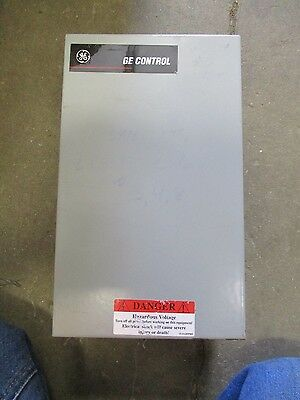 Ge Cr260, 8 Pole Electrically Held Lighting Contactor, 120 Volt Coil