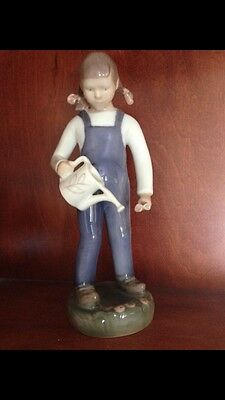 BING & GRONDAHL Girl with Watering Can DENMARK
