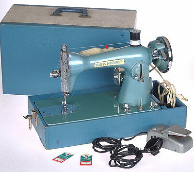 Vintage Kenmore C877.15 Sewing Machine in case w/lamp + Pedal Gorgeous & WorkinG