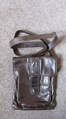 WHITE STUFF Brown Leather Across Body Messenger Bag in Lovely Condition