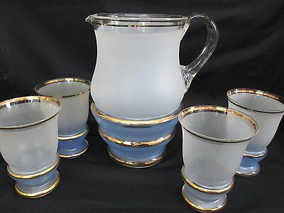 VINTAGE 1930's/40's BLUE & GOLD LARGE GLASS JUG & 4 TUMBLERS