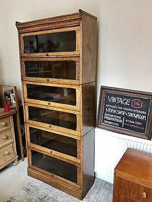 A Nice Oak Bookcase In the Style of Gunn And Globe Wernick Modular Bookcase.