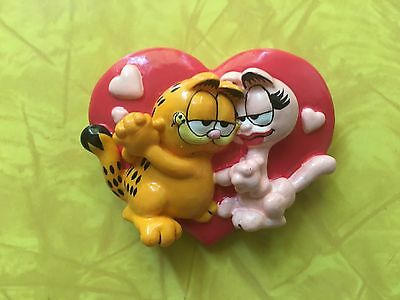 Rare Vintage 1996 GARFIELD THE CAT Refrigerator MAGNET Loves Arlene Valentine's