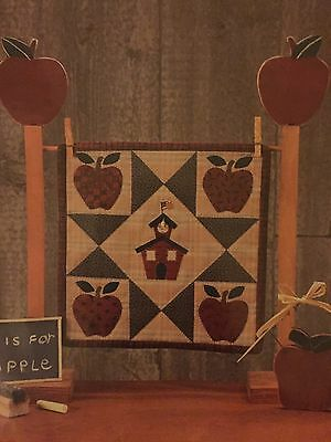 The Picket Fence 'School Bells Ringin'  WALL HANGING KIT Includes Wadding