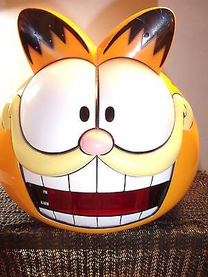 Vintage 1991 Garfield the Cat Alarm Clock Sunbeam Model # 887-99