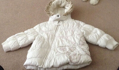 Next age 2-3years white padded hooded jacket with feature slanted zip