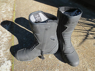 "Motorcycle boots - Water Proof DriRider ""Storm"" size 7"