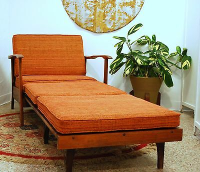 Very Unique Vintage Mid Century Modern Lounge Chair Fold Out Daybed