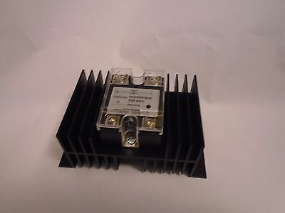 New Ssr-40Da Dc 3-32V To Ac 24-480V 40A Solid State Relay With Heat Sink