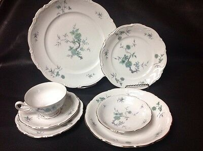 Vintage Mitterteich Bavaria GREEN MING china 7pc PLACE SETTING