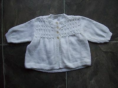 Baby Girl's/Boy's Unisex White Hand Knitted Cardigan Size 00 VGUC