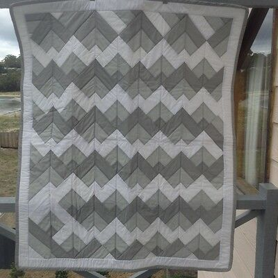Handmade Patchwork quilt - Speedwell grey design