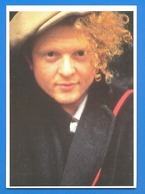 MICK HUCKNALL,SIMPLY RED.POSTCARD PUBLISHED 1980s.