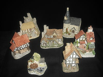 David Winter Collection Of 7 X Cottages