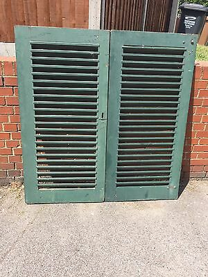 VINTAGE WOODEN SHUTTERS FRENCH LOUVER SHABBY 130x135cm PAINT WINDOW SHUTTERS