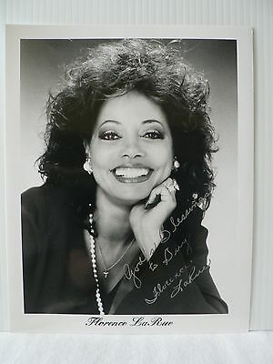 FLORENCE LARUE  Singer / The Fifth Dimension AUTOGRAPH SIGNED PHOTO 8  X 10